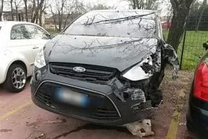 Frank-Auto-auto-usate-incidentate-Pavia