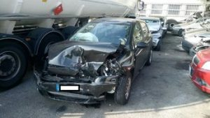 Auto incidentate Parma