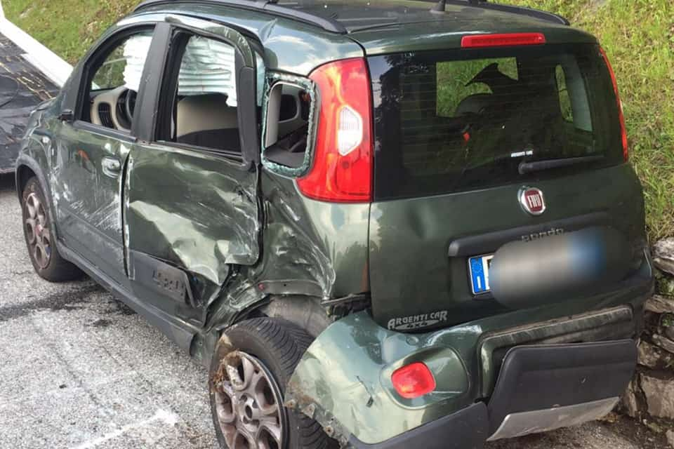 compro auto incidentate Nerviano