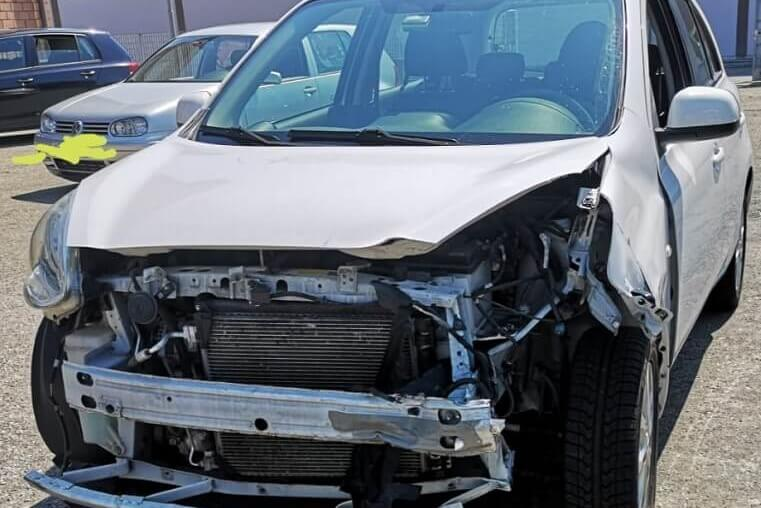 compro auto incidentate Rho